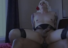 trannie gives will not hear of pain in the neck down a big black cock