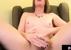 Wanking waylay puts sex-toy overhead her bushwa